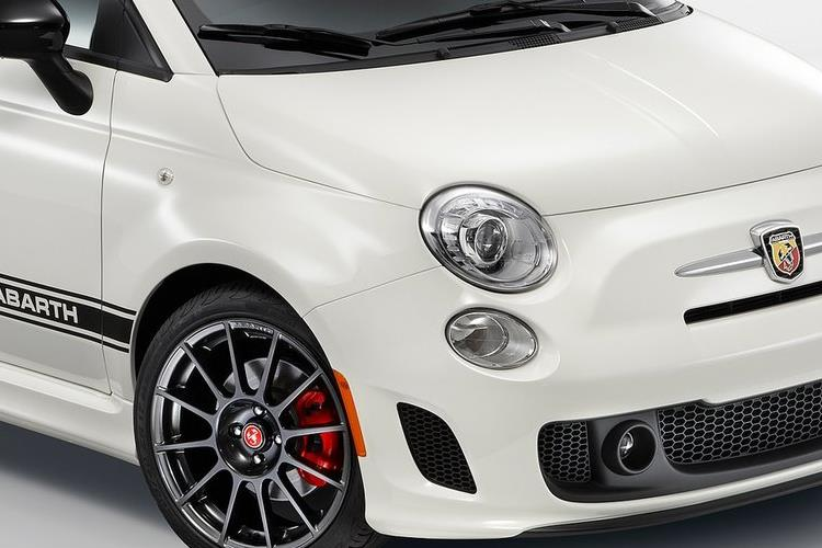 Abarth 595 C Cabrio 1.4 T-Jet 165PS Pista 70th 2Dr Auto detail view
