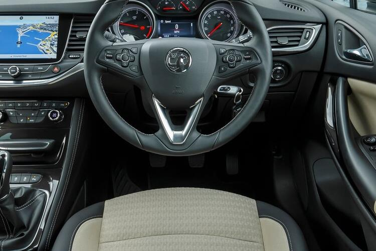 Vauxhall Astra Sports Tourer 1.2 Turbo 145PS SRi Nav 5Dr Manual [Start Stop] inside view