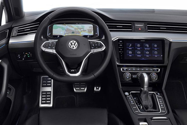 Volkswagen Passat Estate 2.0 TDI EVO 190PS SEL 5Dr DSG [Start Stop] inside view